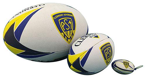 Porte-clés et ballons de rugby personnalisés.